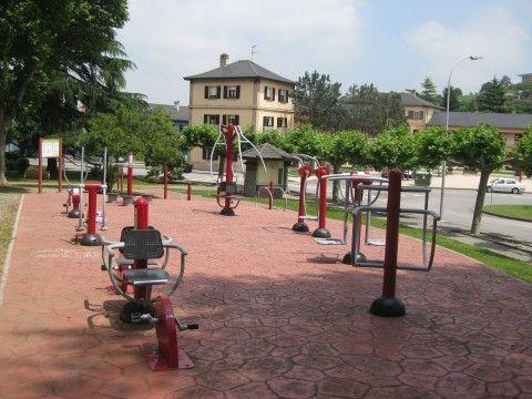 Instalación Aparatos Gimnasia Mayores en Llaranes