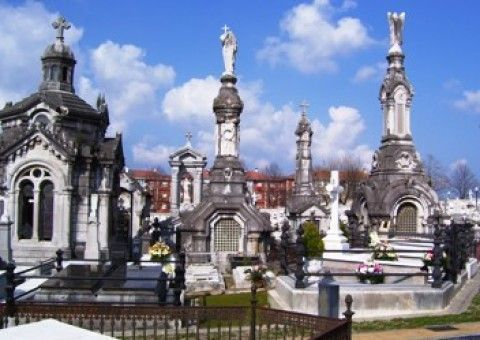 Vota por el Cementerio de La Carriona en el Concurso Nacional de Cementerios